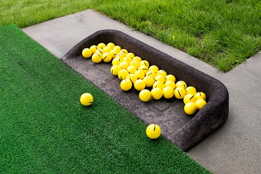 Why Choose an Artificial Putting Green Instead of a Real Putting Green?
